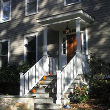 Traditional Entry by Old Newtown Builders LLC