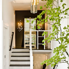 Midcentury Entry by Jessica Helgerson Interior Design
