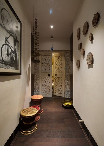 Contemporary Entry by P S Design