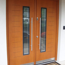 Modern Front Doors by Bella Porta