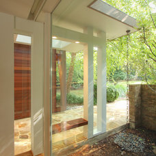 Contemporary Entry by Anthony Wilder Design/Build, Inc.