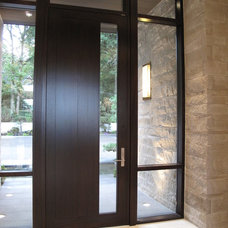 Contemporary Entry by Quantum Windows & Doors, Inc.