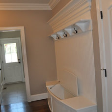 Traditional Entry by SSI Design Group, Inc.