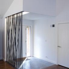 Midcentury Entry by Hufft Projects