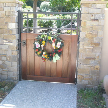 Rancho Santa Fe Ipe Entry Gate with Asian Gate Hardware