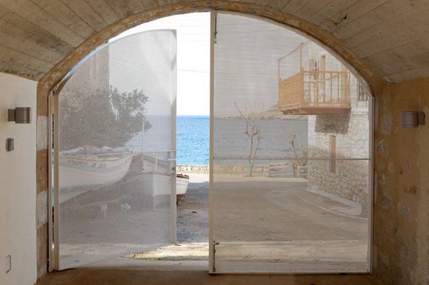 Mediterranean Entry by hhharchitects