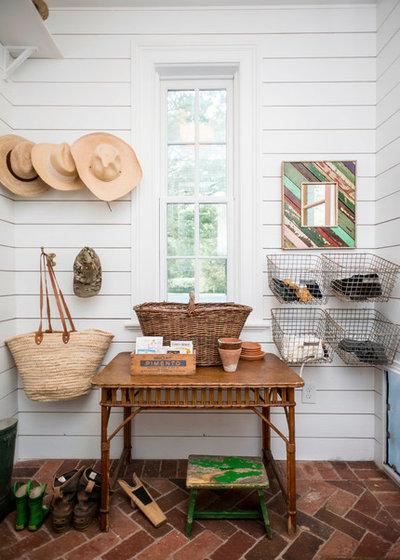 Farmhouse Entry by Home Design & Decor Magazine