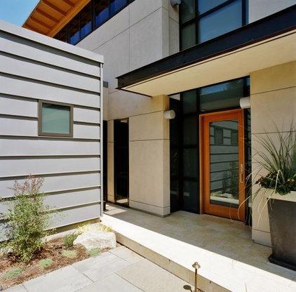 Modern Entry Rhodes Architecture + Light