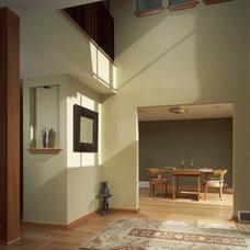 Modern Entry Rhodes Architecture + Light, Seattle Architect