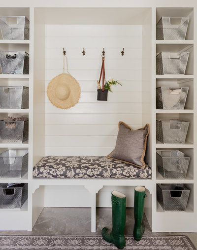 Beach Style Entry by Lovejoy Interiors