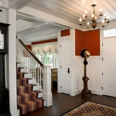 Farmhouse Entry by Rocky Mountain Homes