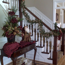 Traditional Entry by CL Design-Build, Inc.