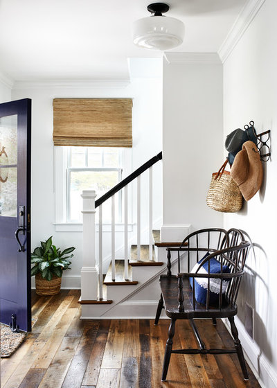 Coastal Entrance by Laura Campbell Architecture