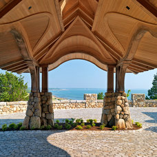 Beach Style Entry by Meyer & Meyer, Inc.