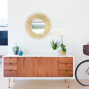 Royal Woods Modern Mid Century Bright and Airy