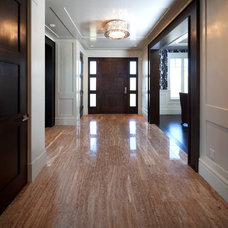 traditional entry by Riverview Custom Homes