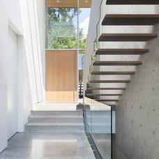 Modern Entry by splyce design