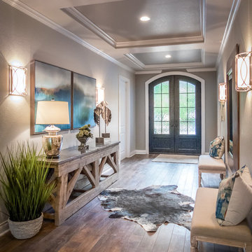 Rustic and Traditional Entryway