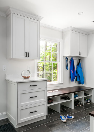 Transitional Entry by Innovative Construction Inc.