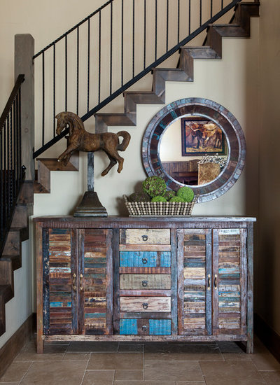 Rustic Entry by Jeannie Balsam Interiors