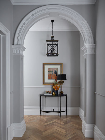 Traditional Entry by Melissa Balzan Design
