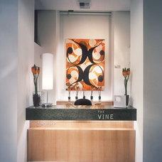 Modern Entry by Garret Cord Werner Architects & Interior Designers
