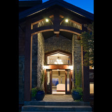 Contemporary Entry by Jean Flesher Construction