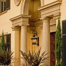 Mediterranean Entry by Gelotte Hommas Architecture