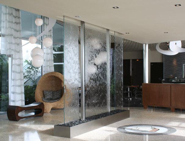 Modern Entry by Water Studio