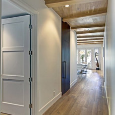 Contemporary Entry by JTID INC