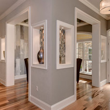 Contemporary Entry by Emerald Ventures, Inc.
