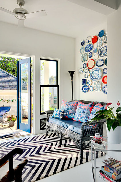 Modern Entry by Patty Kennedy Interiors, LLC