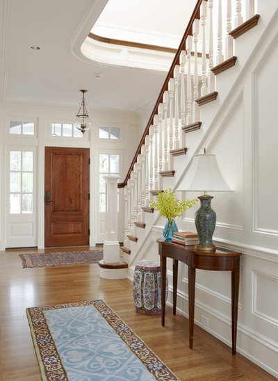 Traditional Entry by Oak Hill Architects