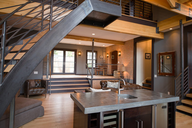 Contemporary Entry by The Stratford Companies