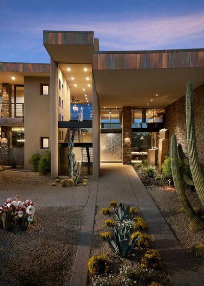 Southwestern Entry by Tate Studio Architects