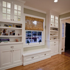 traditional entry by Supple Homes, Inc