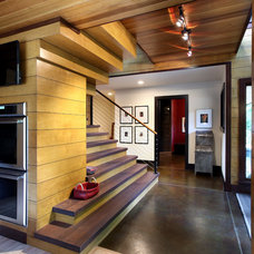 Rustic Entry by Scott Christopher Homes/Surpass Renovations