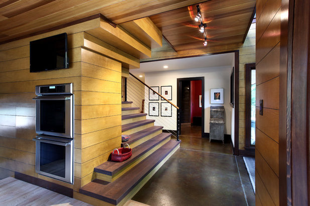 Rustic Entry by Scott Christopher Homes
