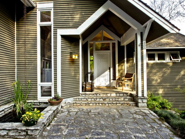 Eclectic Entry by Daniel M Martin, Architect LLC