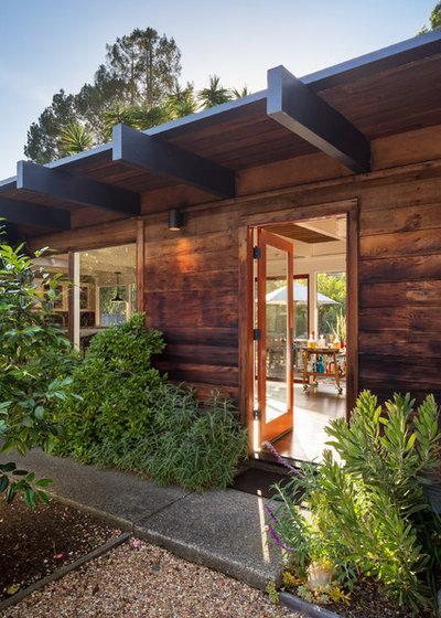 Midcentury Entry by BK Interior Design