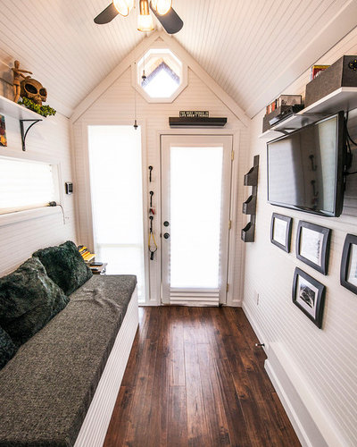 Eclectic Entrance by Tennessee Tiny Homes
