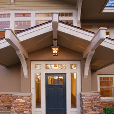 Craftsman Entry by Michael Karby Architecture and Planning