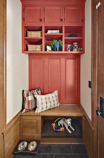 Eclectic Entry by Che Bella Interiors