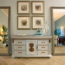 Traditional Entry by Kerrie Kelly Design Lab
