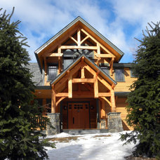 Traditional Entry by Bonin Architects &  Associates