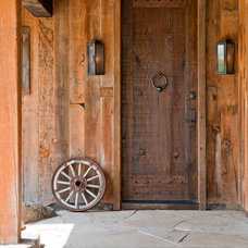 Rustic Entry by MILLER ARCHITECTS PC