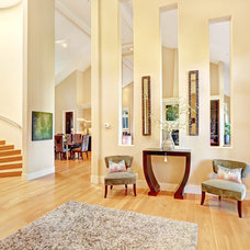 Traditional Entry by Decker Bullock Sotheby's International Realty