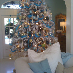 ... minute decorating ideas from these gloriously colorful creative trees