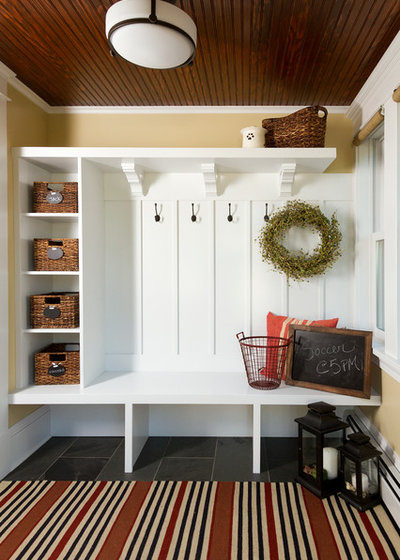 Craftsman Entry by Anchor Builders