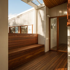 Contemporary Entry by Matt Williams Architects